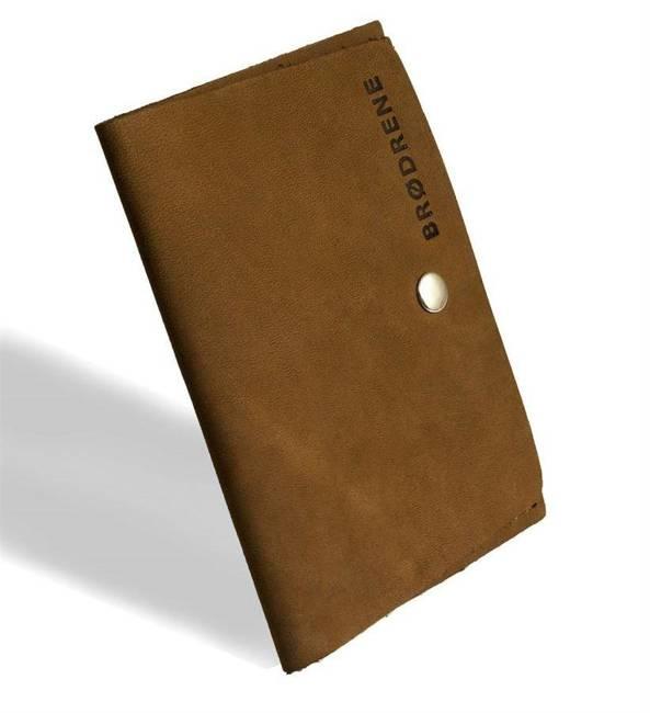 Skórzany cienki portfel slim wallet BRODRENE SW06 jasnobrązowy