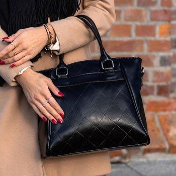 Elegancki kuferek ze skóry naturalnej DAN-A T255 czarny