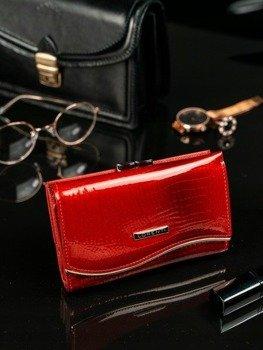 7cfaec6cd2c80 Skórzany portfel damski lakierowany czerwony Lorenti 74108