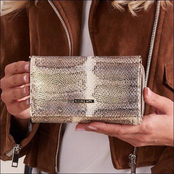 367440ce7cd1e Skórzany portfel damski wzór skóry węża złoty Lorenti 76112 - [20696 ...