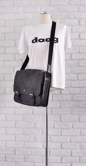 DAAG Jazzy Wanted 10 czarna torba skórzana unisex listonoszka przez ramię