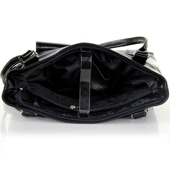 DAN-A T265 czarna torebka skórzana
