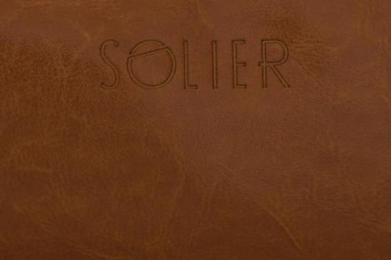 Elegancka skórzana kosmetyczka Solier SZETLAND