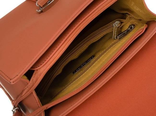 Kuferek damski pomarańczowy David Jones CM5706 PEACH