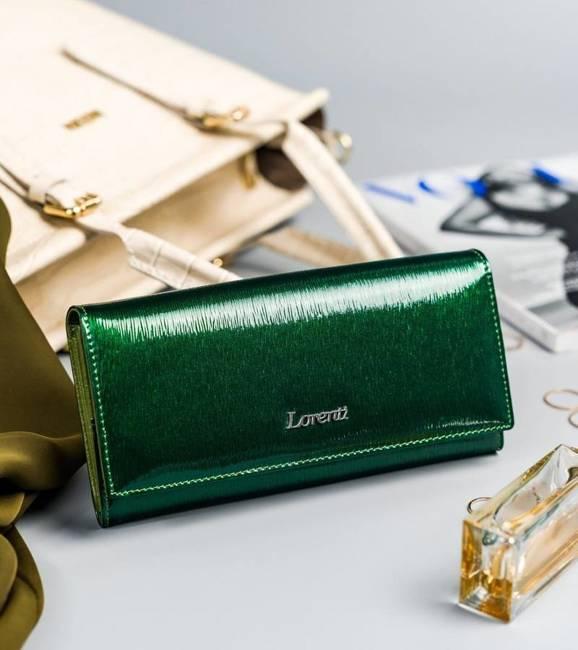 Lakierowany portfel zielony Lorenti 72037-SH NAPIS GREEN