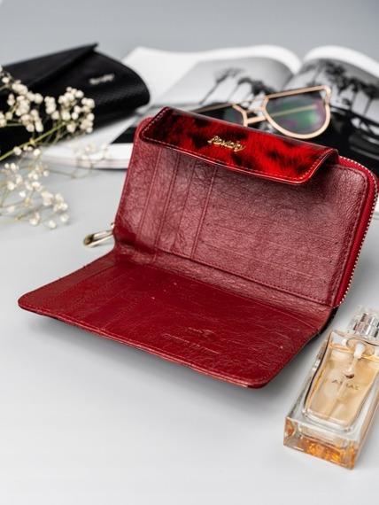 Portfel damski skórzany lakierowany czerwony RFID Rovicky