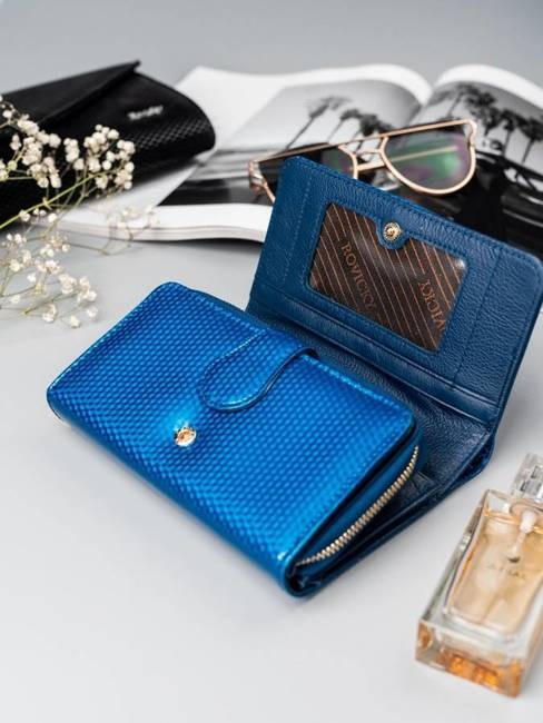 Portfel damski skórzany lakierowany niebieski RFID Rovicky