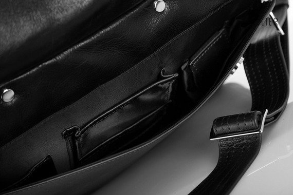 Skórzana torba męska na ramię, torba na laptop SOLIER czarna