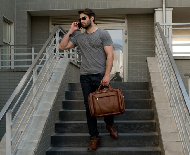 "Skórzana torba na laptopa 15,4"" Mcklein Irving Park 15575 brązowa"