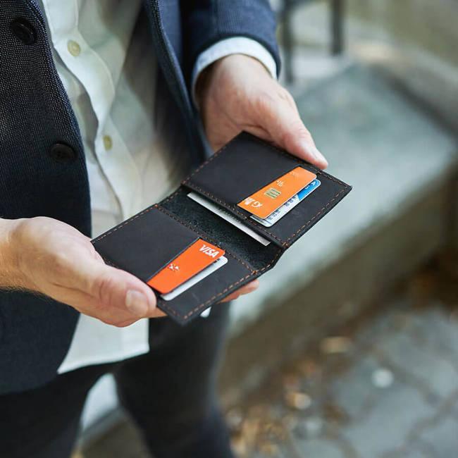 Skórzany cienki portfel slim wallet BRODRENE SW03 czarny