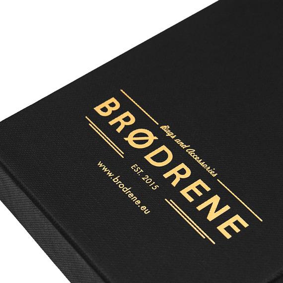 Skórzany cienki portfel slim wallet z bilonówką BRODRENE SW04 oliwkowy