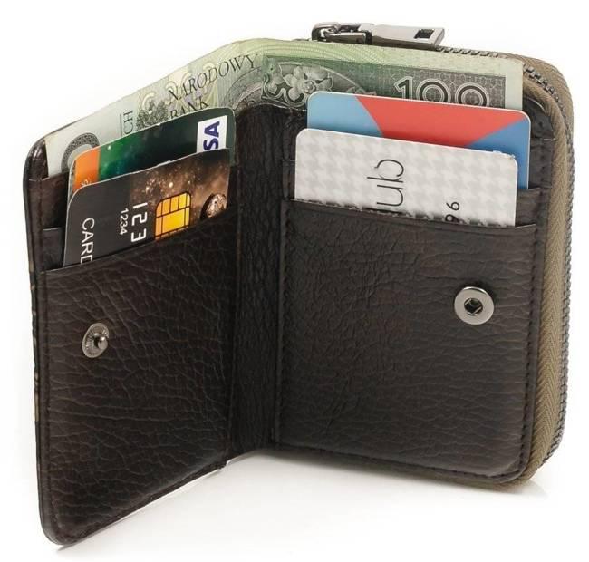 Skórzany portfel damski czarno - złoty Forever Young 5157