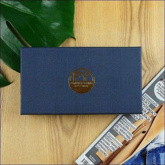Skórzany portfel damski czarno - złoty Forever Young 76119