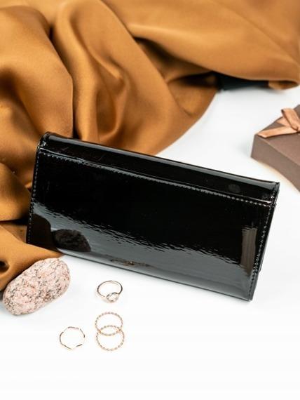 Skórzany portfel damski lakierowany czarny Loren 72401